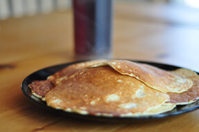 Delicious post-workout recovery food: Pancakes!